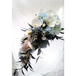 Svatební kytice převislá- tropické nebe
