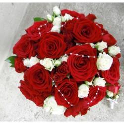 svatební kytice- růže a růžičky