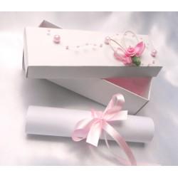 Svatební oznámení v krabičce se srdíčkem