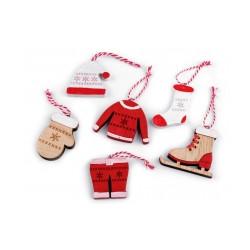 Vánoční dřevěná dekorace - brusle, rukavice, čepice, bunda, ponožka, kalhoty